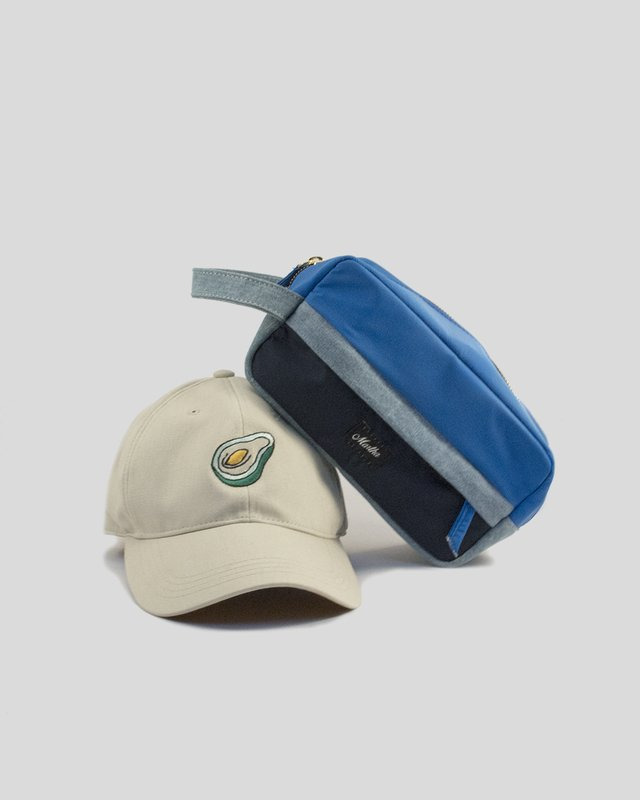 COMBO GORRA + TRAVEL KIT en internet