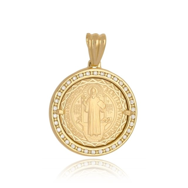 19638e6fd8fdd Pingente Medalha de São Bento com Zirconia Folheado a Ouro 18k