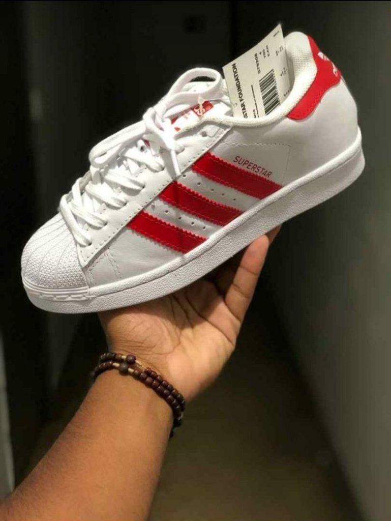 ca529b183de Adidas Superstar branco vermelho - Griffeborges