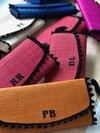 CLUTCH COLORIDA PERSONALIZADA POMPOM
