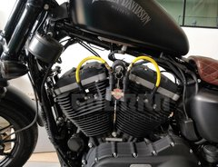 Kit Relocador De Bobina + Cabos De Vela 10 mm - Harley Davidson 883 / Forty Eight - Guerra Custom Design
