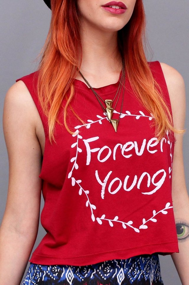 FOREVER YOUNG REGATA CROPPED na internet