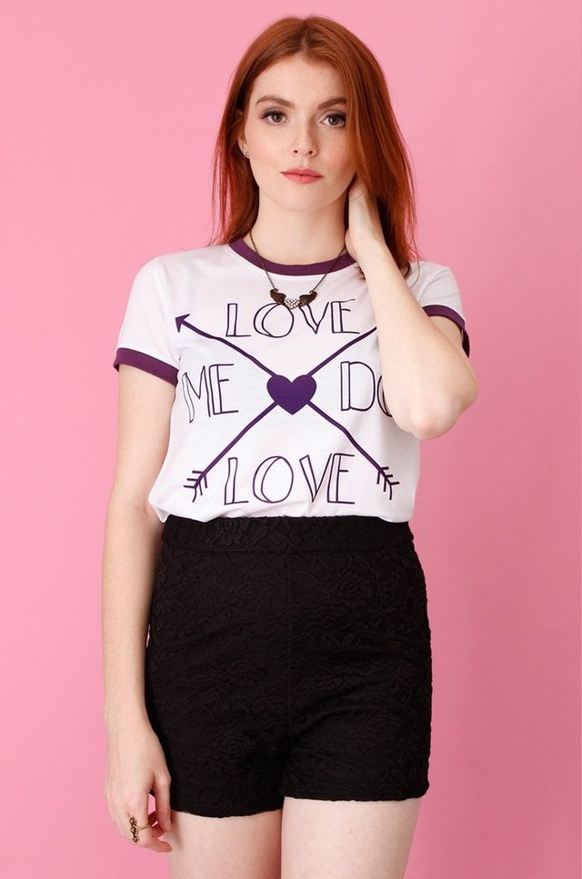 LOVE ME DO RINGER TEE atacado