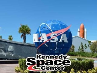 N.A.S.A Kennedy Space Center + Almoço com astronauta