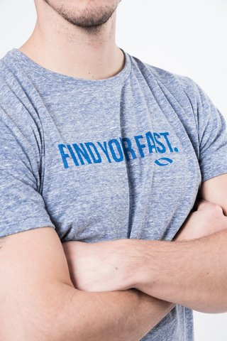 Remera Find Your Fast en internet