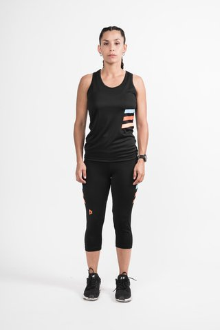 Musculosa Dry Nation en internet