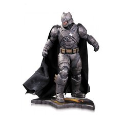 Batman Armored 1/6 - Batman vs Superman - DC Collectibles