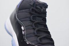 "Tênis  Air Jordan 11  ""Space Jam"""
