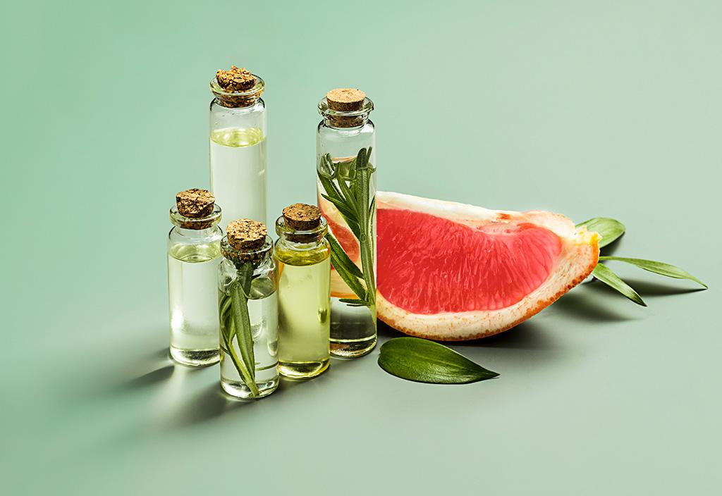 4 óleos vegetais para pele que você precisa na sua rotina