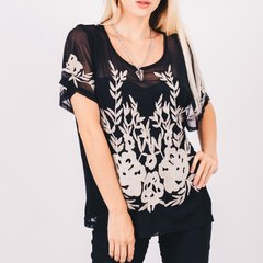 Blusa Bordada con Transparencias