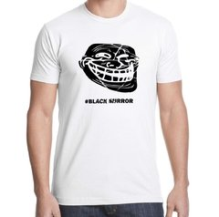 Remera Black Mirror en internet