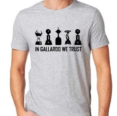 Remera Gallardo en internet