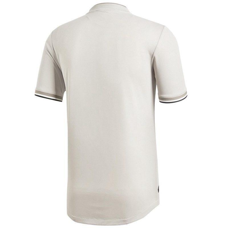 e08b92ff2ac Camisa Juventus Away 18 19 - Masculina Adidas Torcedor - Bege Escuro