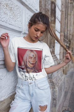 "CAMISETA BILLIE EILISH ""DUH"" - OFFBR na internet"