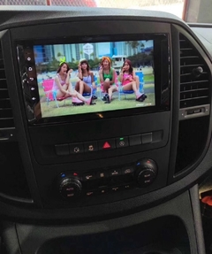 "Stereo Multimedia 9"" Mercedes Benz Vito / Sprinter / C230  con GPS - WiFi - Mirror Link para Android/Iphone - tienda online"