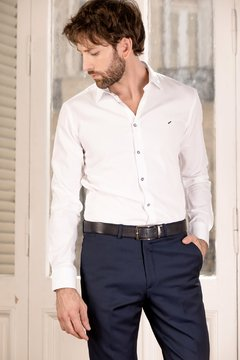 Camisa DH Jones modern fit labrada en internet