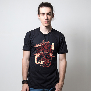CAMISETA PRETA - RED DRAGON