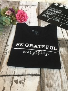 T-shirt Be grateful - comprar online