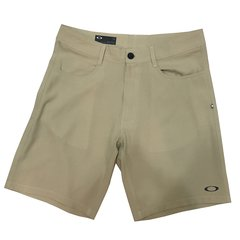 Bermuda Oakley Four Pocket