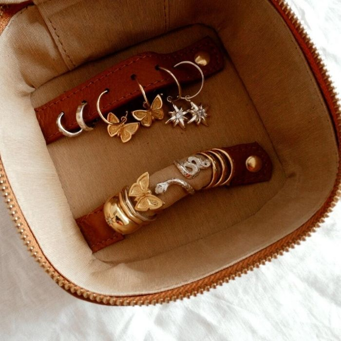 TRAVEL CASE