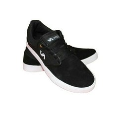 Zapatillas Vuela Alto Negro/Blanco - The Dark King