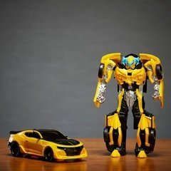Transformers Bumblebee (knight armor) - comprar online