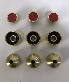 Set of rounded caps