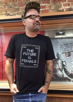 T-shirt The Future is Female Banner - comprar online