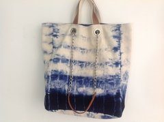 Bolsa Tote Blue and White na internet