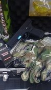 Kit Pistola Airsoft  G17+gas+bb+carg+maletin+lentes+guantes